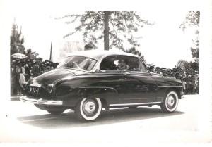 première voiture noire