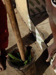 feuilles de manioc à piler